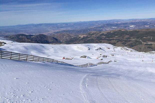 Sierra Nevada abre la Loma de Dílar y roza los 70 km de pistas abiertos