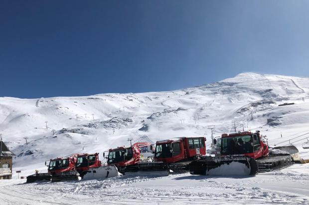 Sierra Nevada inicia la temporada este sábado con 13 kilómetros y de 20 a 80 cm de nieve