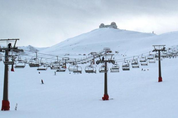 Trabajadores de Sierra Nevada harán huelga el día de la apertura de la temporada