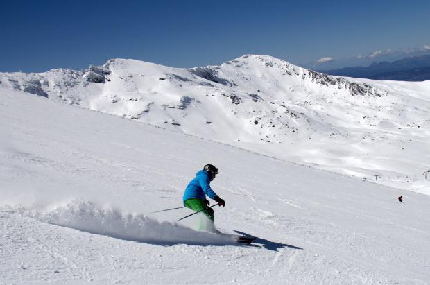 Sierra Nevada llega al fin de semana con hasta 3 metros de nieve y 103 km esquiables