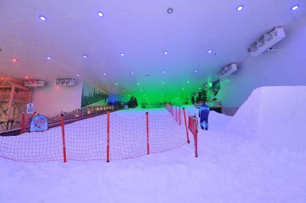 El esquí se populariza en Egipto con la apertura de un segundo centro de nieve indoor en El Cairo