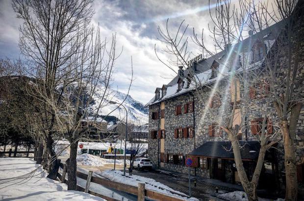 Boí Taüll Resort empieza a ver la luz, el hotel y dos aparthoteles ya están listos para reabrir