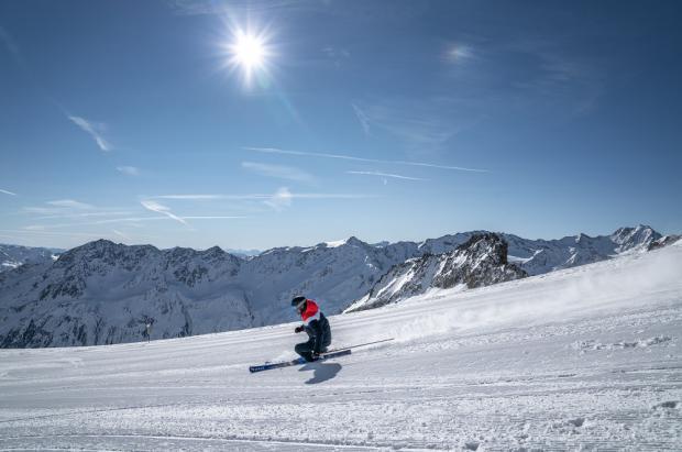 15 glaciares de Europa donde esquiar a partir de este fin de semana y hasta primeros de octubre