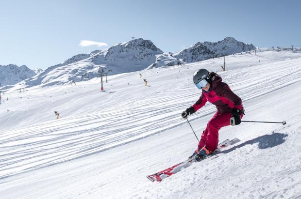 El Tirol se pone en cuarentena y esquiar en Austria se complica