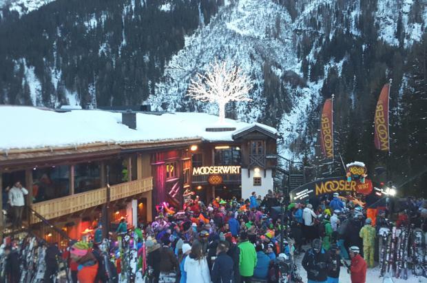 Austria quiere hacer obligatorio el pasaporte de vacunación para el après-ski