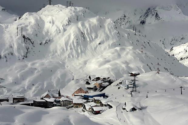 La picaresca de los turistas extranjeros para ir a esquiar a Austria a pesar de las restricciones