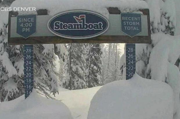 Colorado sigue sin enterarse que es verano y caen 60 cm de nieve, desde 1928 no pasaba