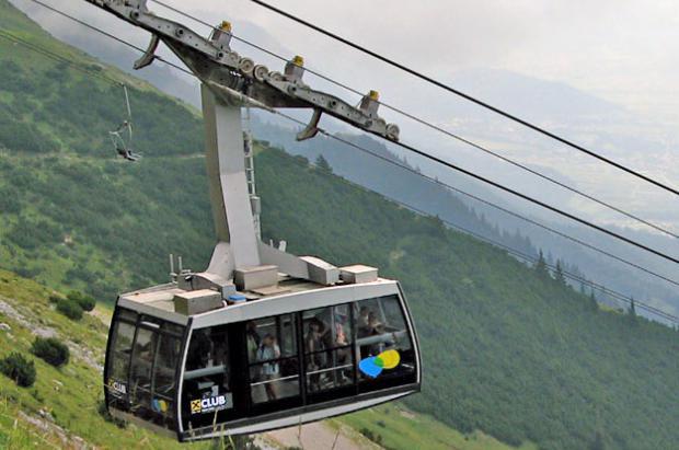 Acuerdo histórico para poner en marcha el teleférico del Pico de Carroi