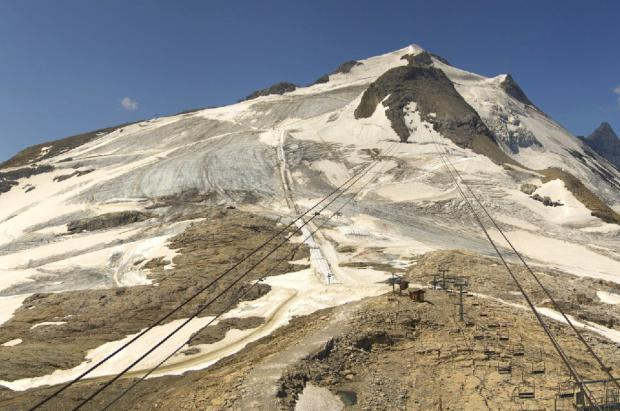 El excesivo calor funde toda la nieve y obliga al cierre anticipado del glaciar de Tignes