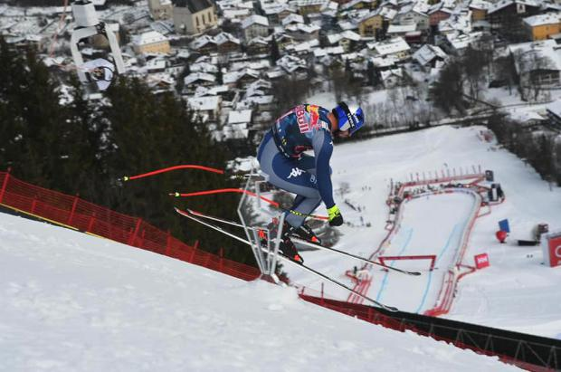 El descenso de esquí más temido del mundo se vivirá a 140 km/h pero sin sus 85.000 aficionados