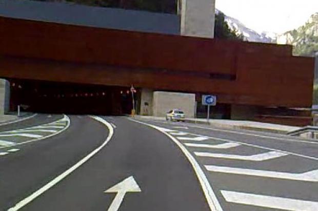 Por fin reabre el túnel de Somport