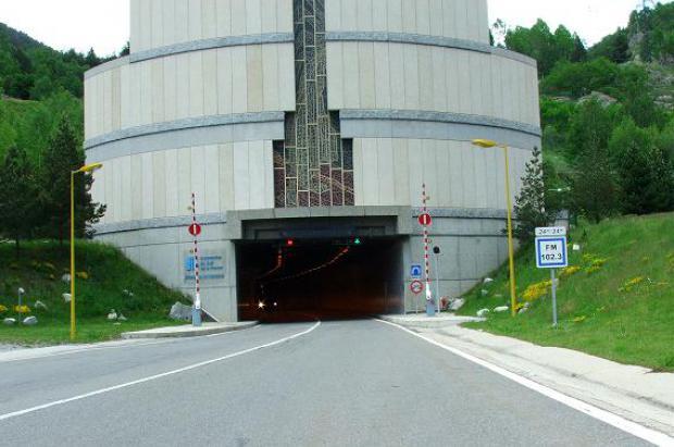 Reabre el túnel de Puymorens