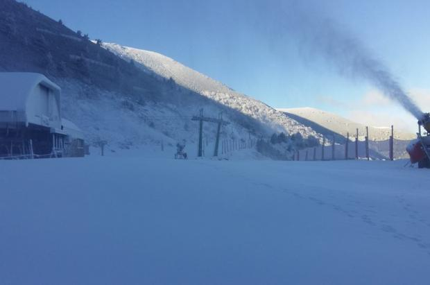 Navacerrada y Valdezcaray se suman este sábado los más de 500 km esquiables en pistas españolas