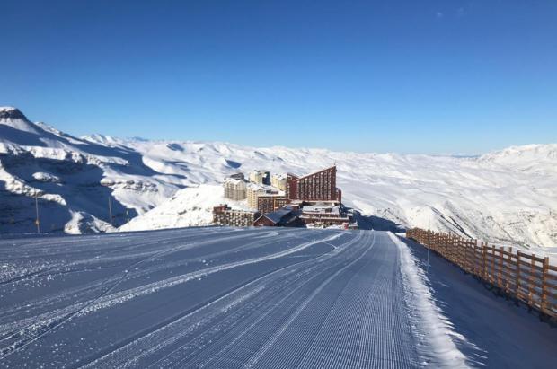 Valle Nevado recibe cerca de 40 cm de nieve en plenas vacaciones de invierno