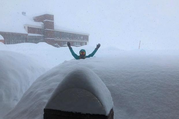 Los Andes están a rebosar de nieve, pero no se sabe si abrirán los centros de esquí