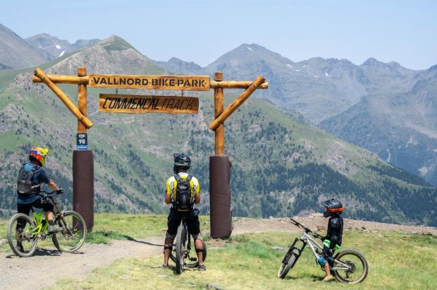Vallnord–Pal Arinsal y Val di Sole firman un convenio para compartir forfaits de Bike Park