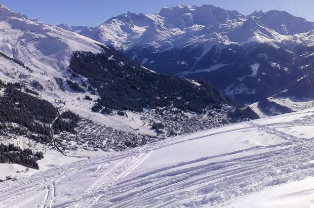 """Suiza lo fía """"todo"""" al turismo interior para salvar temporada de esquí"""