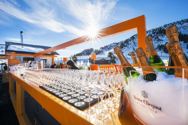 Veuve Clicquot elige Grandvalira para la terraza más glamurosa del Pirineo