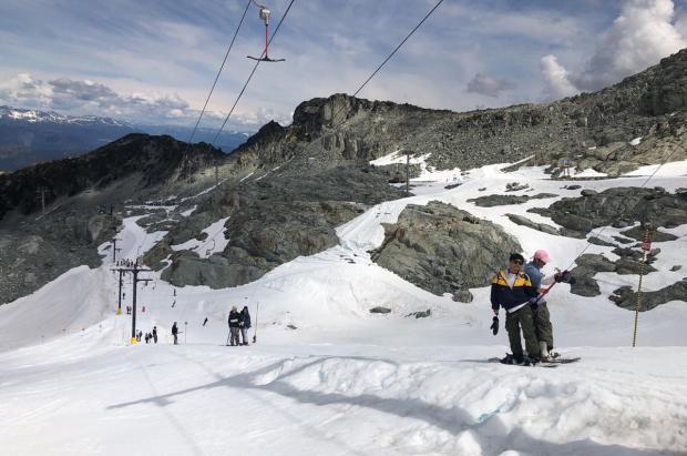 Whistler desmonta el T-Bar del glaciar Hortsman ¿Cambio de lugar o fin del esquí de verano?