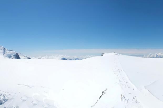 Zermatt celebra que es la única estación del mundo que lleva un año de esquí ininterrumpido
