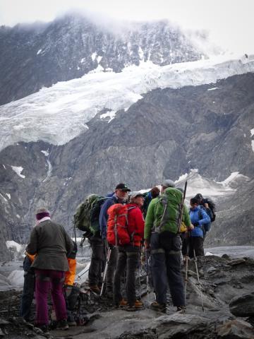 Preparándonos para subir de nuevo al glaciar