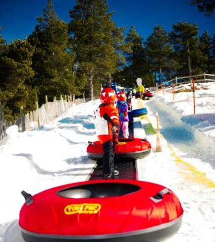 Actividades Con Niños En La Nieve De Andorra Lugares De Nieve