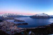 Esquí en Nueva Zelanda, así es el esquí más exuberante y exótico del mundo