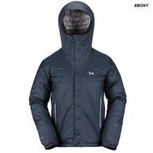 La chaqueta RAB Snowpack Jacket al igual que la Microlight Alpine Jacket nos ofrece ligereza y reducido volumen pero además total impermeabilidad gracias a su membrana Pertex Shield.