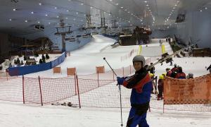 Esquiar en Dubai, un espejismo extravagante pero bien real