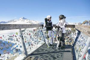 material-head-21-esquiadores-mirador