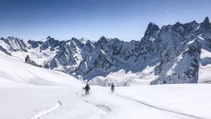 Desvelamos los mayores y distintos atractivos de 12 estaciones de los Alpes franceses