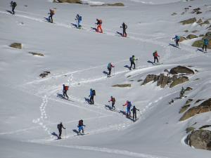 Skimo-Pirineos de Muntania: Vivir el esquí de montaña auténtico aún es posible