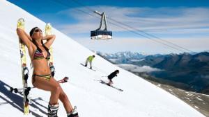 ¿No tienes plan? Te proponemos una escapada en julio esquiando en los glaciares de los Alpes