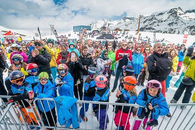 Los escolares y las familias sonel público que nutre cada año lasestaciones de esquí francesas. Foto Tignes
