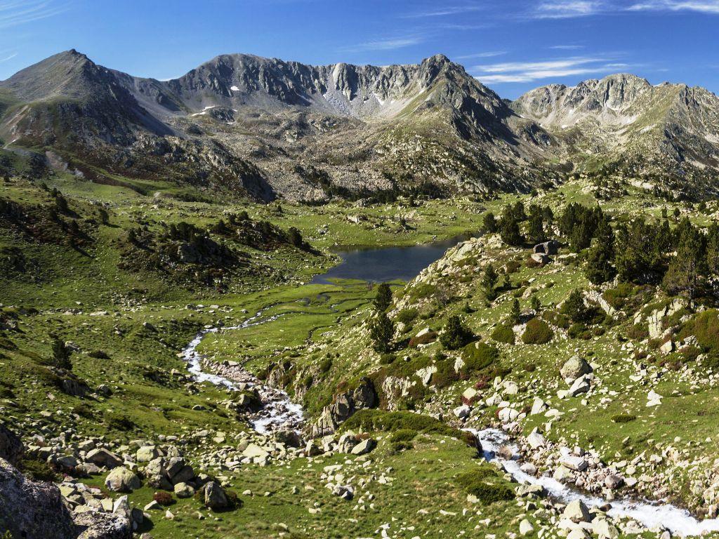 Una vista espectacular de Madriu-Perafita-Claror en Les Esclades - Engordany, Andorra
